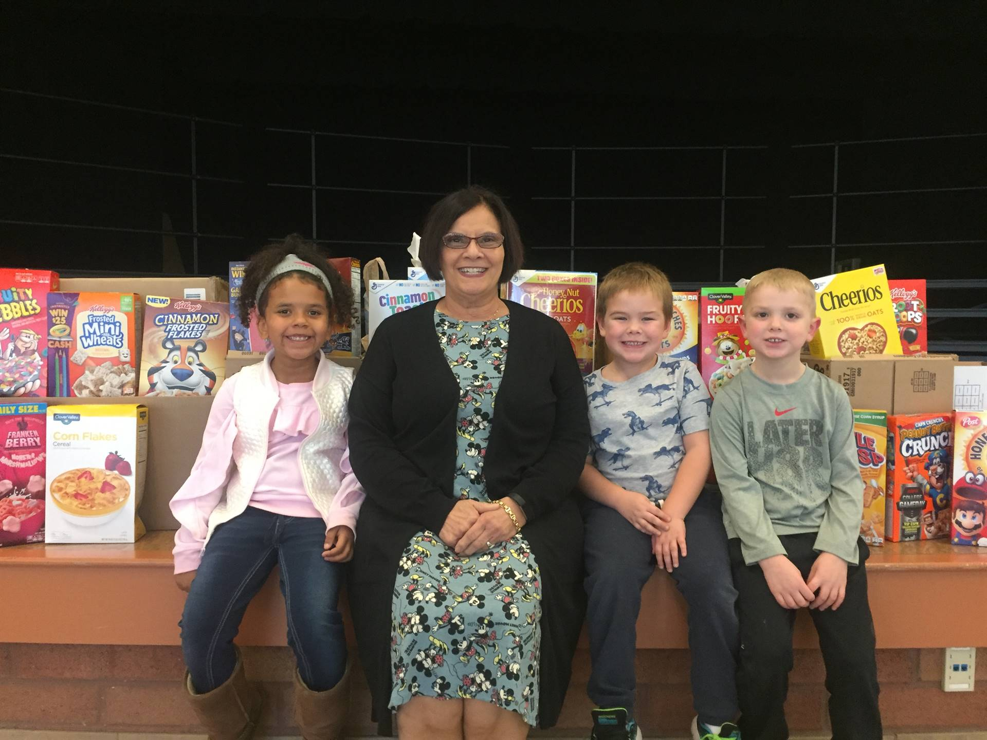 Niles Primary Cereal Drive Winner 2017-- Mrs. Tuttle's class K102