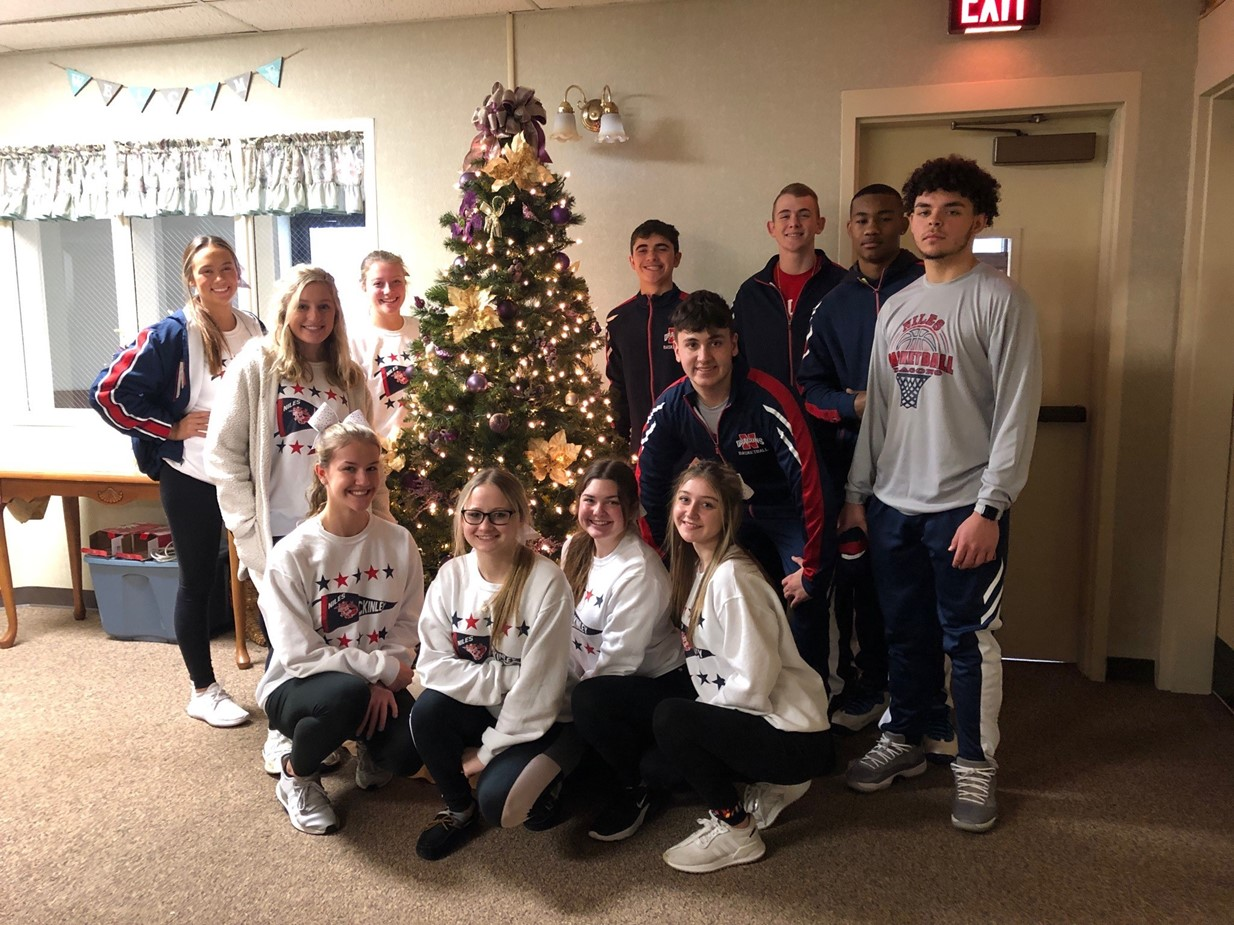 Niles High School students decorate Shepherd of the Valley