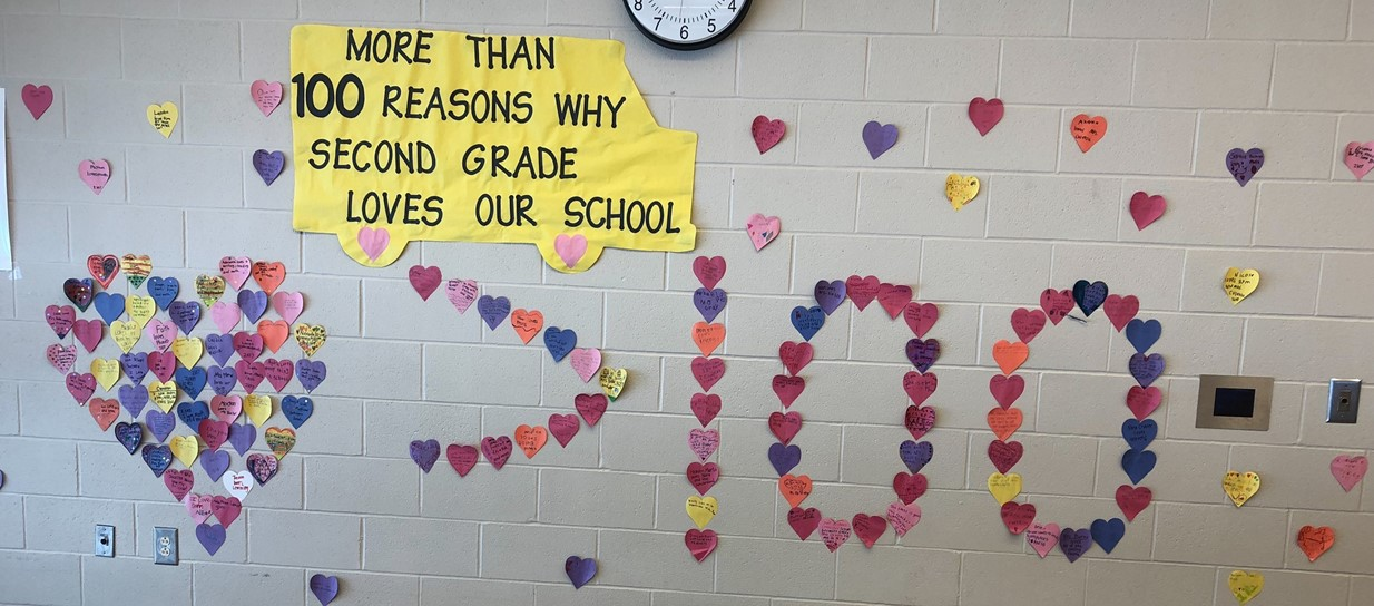 Niles second graders showcase love for Niles Primary.